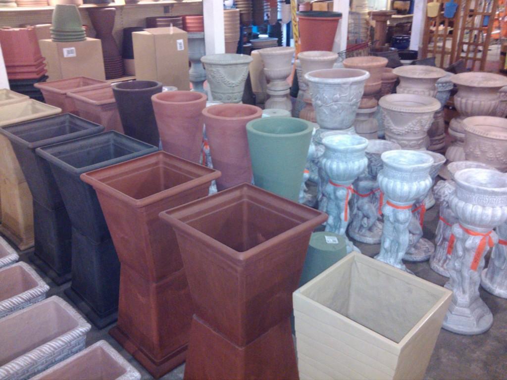 Statuary & Pottery